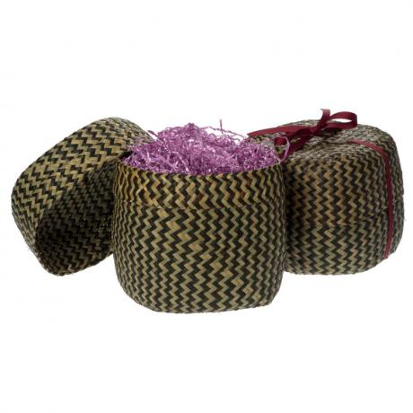 Large straw basket - open and closed with ribbon