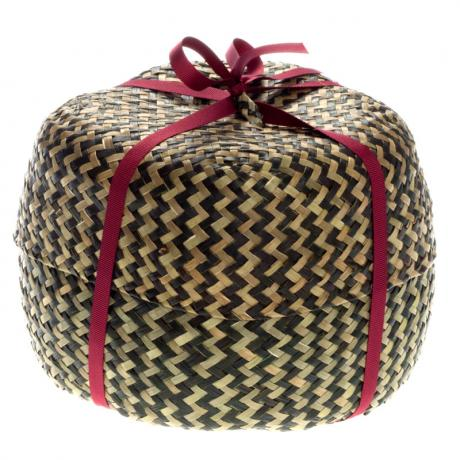 Large straw basket - with ribbon